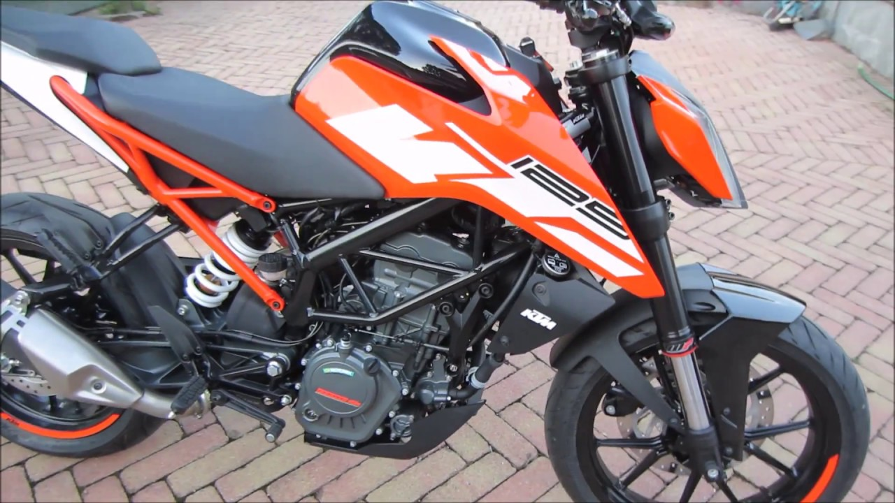 ktm duke 125 2017 walkaround and soundcheck youtube. Black Bedroom Furniture Sets. Home Design Ideas
