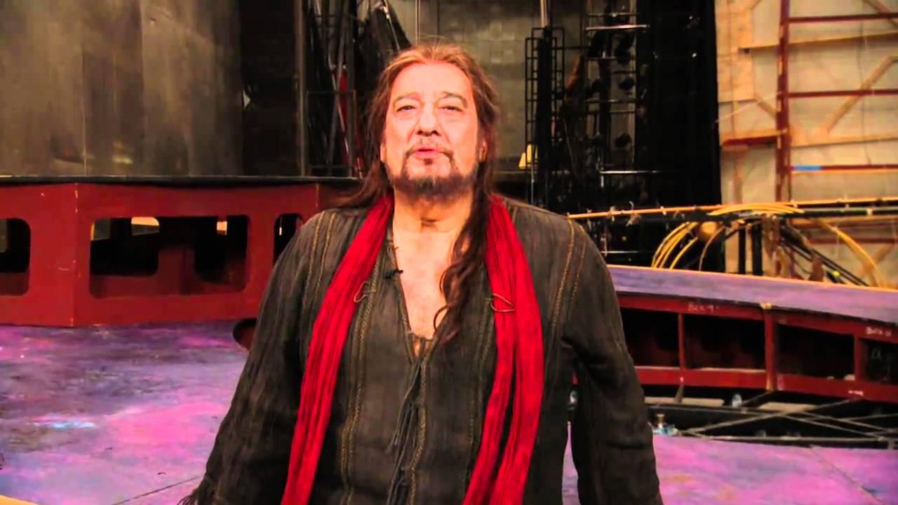Met Opera Iphigenie En Tauride Placido Domingo Introduction