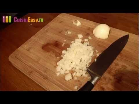 Comment mincer couper un oignon sans pleurer youtube - Comment couper un oignon sans pleurer ...