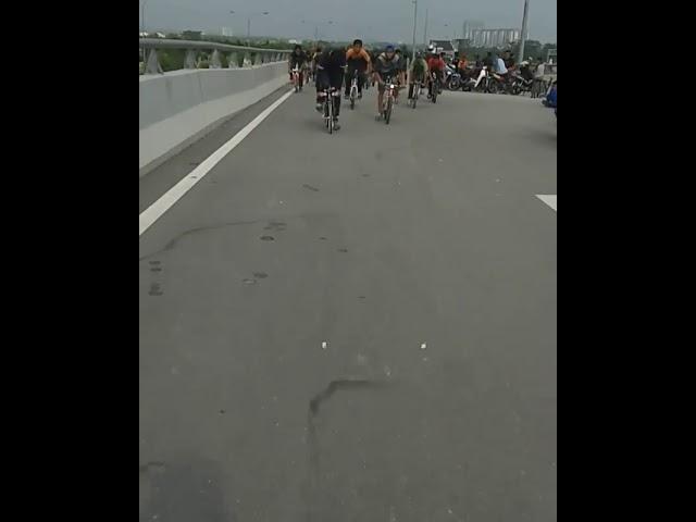 Lajak KB bersama kroni basikal