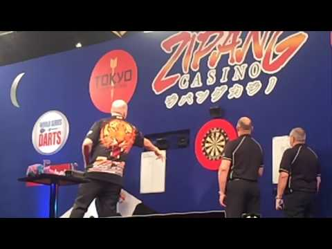 PDC Player Trowing Action in PDC JAPAN(Slow mo)