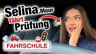 Praktische Führerscheinprüfung mit Selina Mour 🚘 | Fischer Academy