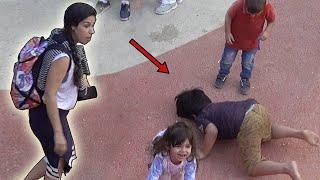 Brincando no Parquinho Infantil do Zabeel Park Dubai - Kai Beijou o Chão!!!