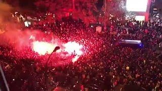 Así fue el BRUTAL recibimiento de Biris Norte. | Sevilla FC...