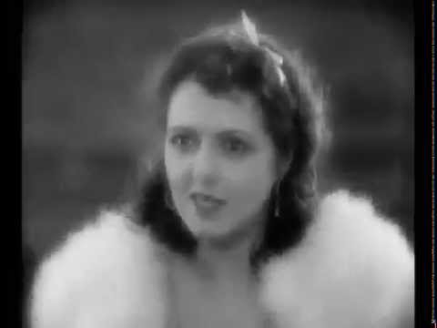 Janet Gaynor Wins Oscar 4 Playing A Hooker - Street Angel (1929)