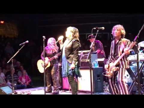 Heart - South Shore Music Circus - Cohasset, MA