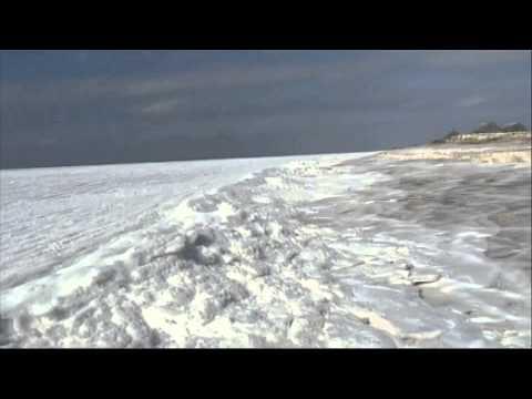 Massachusetts: L'océan Atlantique Recouvert De Neige Et De Glace