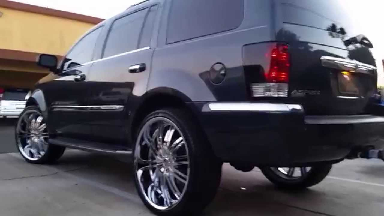 Chrysler Aspen 5 7l Hemi On Flowmaster Super 10 Youtube