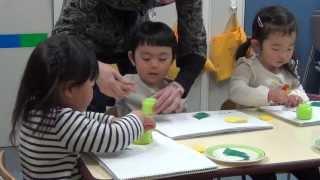 幼児教室の授業内容 記録とご紹介 2歳児入園準備クラス 折り紙・ハサミ...