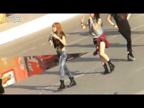 [FANCAM] 100821 SMTOWN Jessica & Krystal - Tik Tok (Clear)