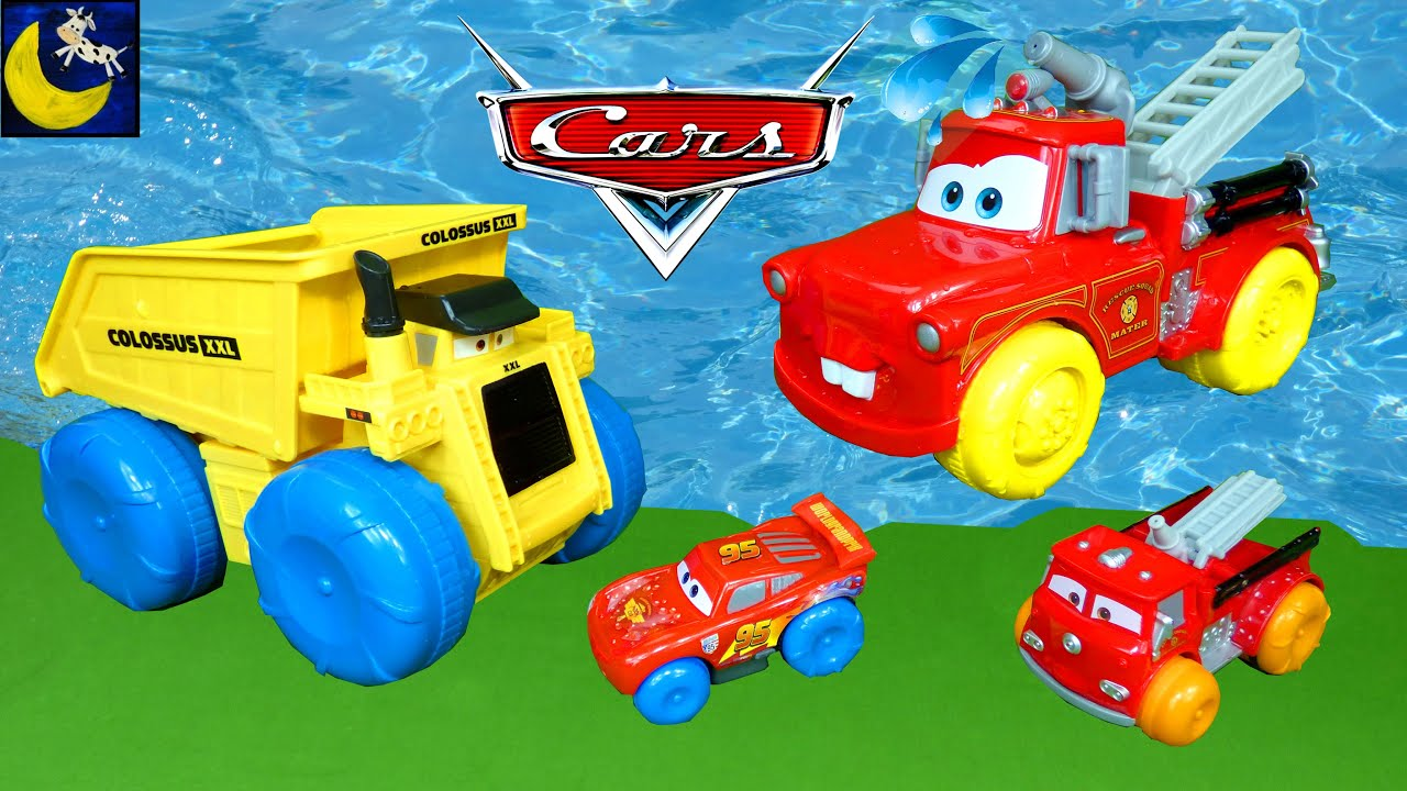 Playing at the Pool with Disney Cars Colossus XXL and Fire Truck Mater Lightning McQueen Water Toys!