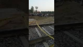 mahakaushal express derailed in up mahoba 8 passengers injured