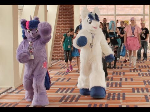 Almost Converted at Bronycon: Why Grown Men Dress Up As Magical Horses