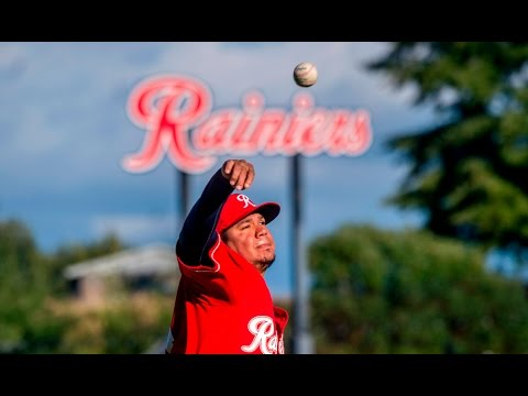 160715 Felix Hernandez pitches in rehab for Tacoma Rainiers