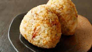 Butter And Tempura Bits Rice Ball バターしょうゆ・悪魔のおにぎりの作り方