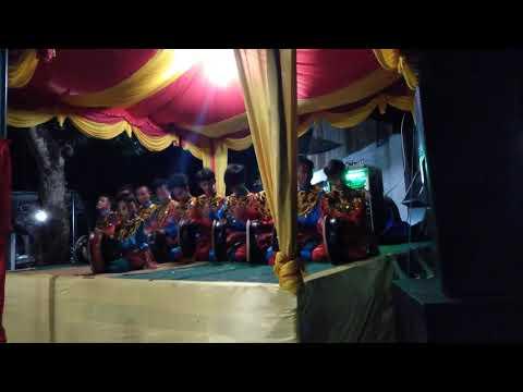 Rapai geleng remaja Aceh ,,gure alwi