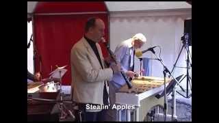 Lars Erstrand & Antti Sarpila Quintet: Stealin