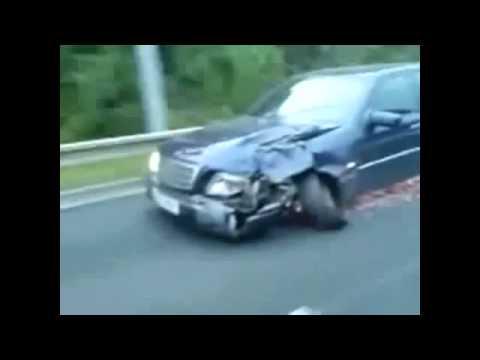 Mercedes Benz Driving With A Broken Rim