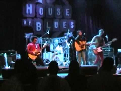 """Shirley Levi performing """"Daddy Boy"""" LIVE at House of Blues!"""