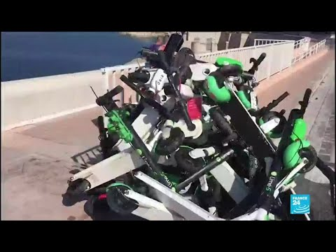Hundreds of electric scooters being thrown into water for fun in Marseille