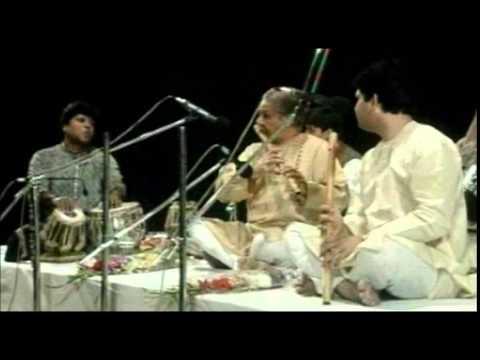 Pt Hariprasad Chaurasia & Rakesh Chaurasia Raag Shudh Sarang with Shubankar Banerjee