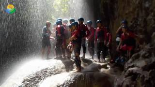 pangandaran Vacation & Travel TOYOTA Full body rafting green canyon pangandaran