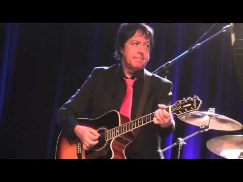 Dave Davies-King of Karaoke live in Milwaukee, WI 11-11-14