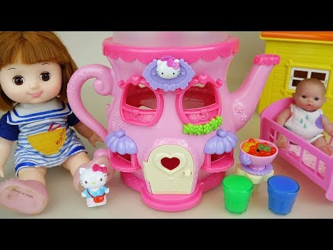 Thumbnail: Baby doll and Hello Kitty kettle house toys play