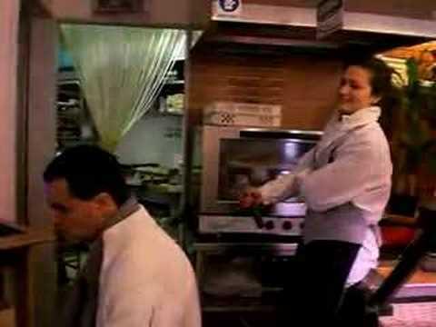 Alla Conad di Manfredonia mentre lavori puoi anche cantare!!