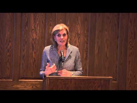 Sandra Pianalto speaks with Akron Community Foundation's Advisor Network