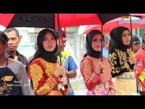 Cantiknya Umbrella Girl di Grand Final Motorprix 2017 Aceh Timur