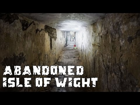Exploring Hidden Underground Tunnel into Ventnor Botanical Gardens