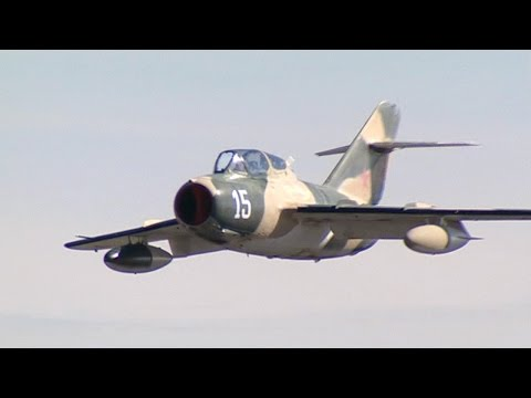 Iconic Jet Aircraft - MiG-15 Dogfighter