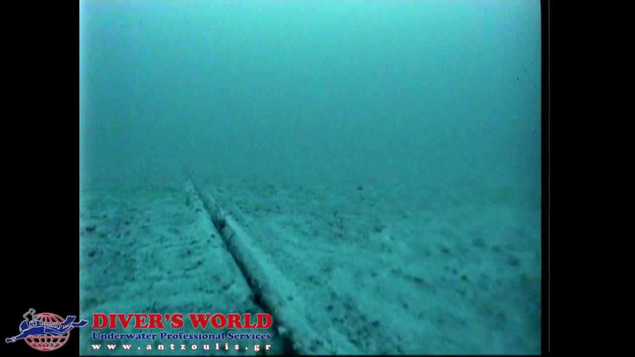 Inspection Of Underwater Cable With Rov Diver S World