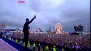 The Killers - Bling (Confessions Of A King) (Live T in the Park 09)