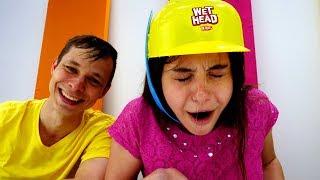 Игры для детей - Челлендж Мокрая голова - Видео для девочек
