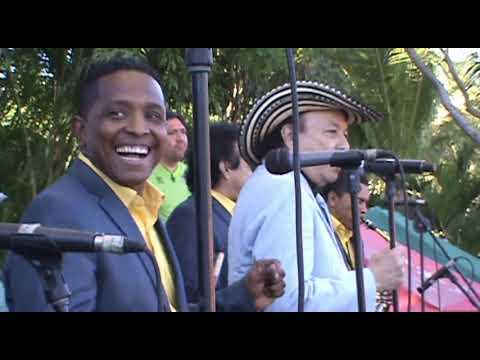 Aniceto Molina - Pupurri de Cumbias Completo HQ (Termos del Rio 2013)