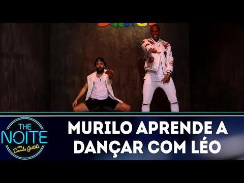 Murilo aprende a dançar com Léo Santana  | The Noite (18/06/18)