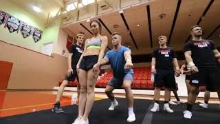 MUST SEE cheerleading stunts ,tumbling gymnastics (THE END IS THE BEST ONE !) Video