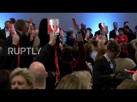 Germany: SPD votes in favour of Grand Coalition talks by 362 votes to 279