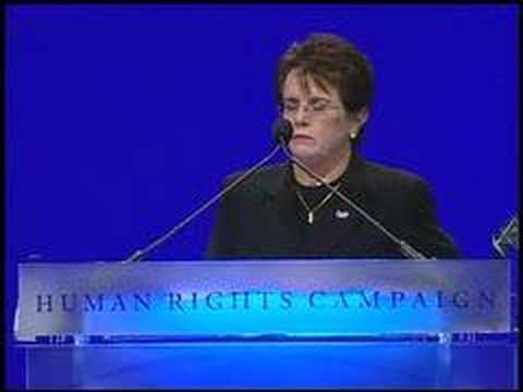 Tennis legend Billie Jean King speaks at HRC National Dinner