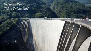 220m James Bond Bungee Jump - Verzasca Dam