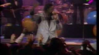 Barry White - Let The Music Play (Live in Paris 31/12/1987)