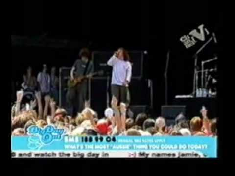 The Music -  Freedom Fighters @ Big Day Out 2005 [Pro Shot]