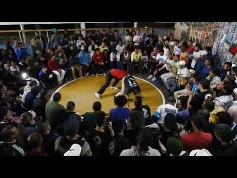 VADEIA SAMPA 2014 - VIDEO CLIPE OFICIAL - NEM ANGOLA NEM REGIONAL SIMPLESMENTE CAPOEIRA DE SAO PAULO