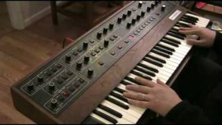Sequential Circuits Prophet-5 video demo part 1 of 3
