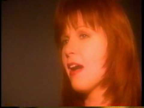 Patty Loveless - How Can I Help You Say Goodbye