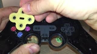 Jak rozebrat a vyčistit PS2 ovladač
