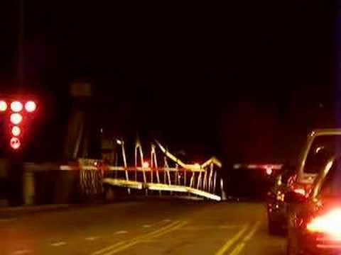 Chicago Bridge over Calumet River Closes