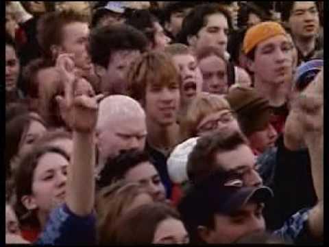 Simple Plan - American Jesus(Bad Religion Cover)(Live-Jam De